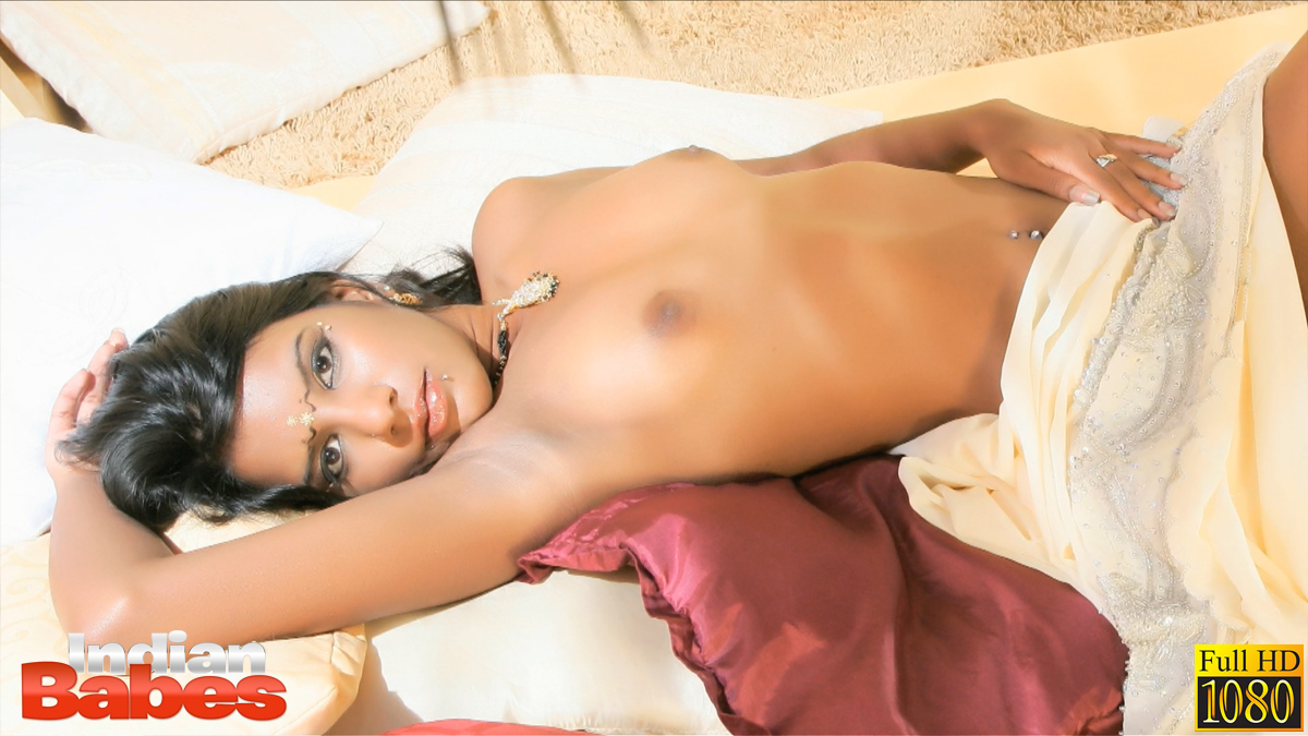 Ib video gal 04. Dark skin tantric Indian babe Amisha in picture compilation
